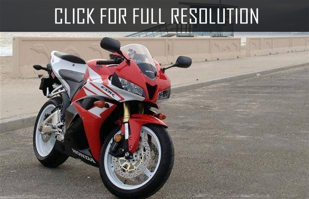 2017 Honda Cbr600rr - news. reviews. msrp. ratings with amazing images