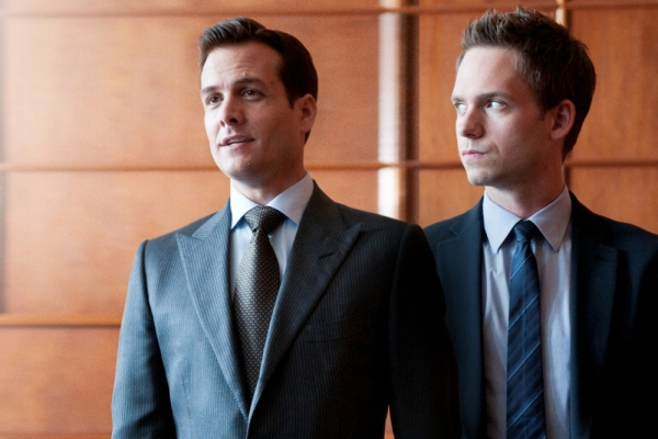 gabriel-macht-and-patrick-j-adams-on-suits