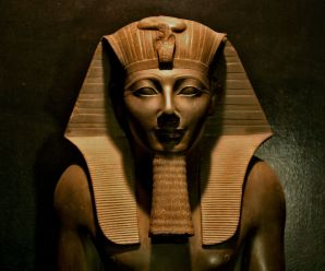 Thutmose III: Titan of the Sands