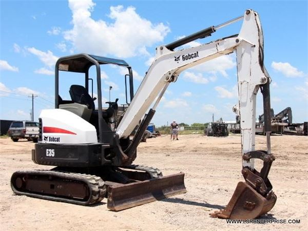 Bobcat E35 For Sale Justin, Texas Price: $24,000, Year