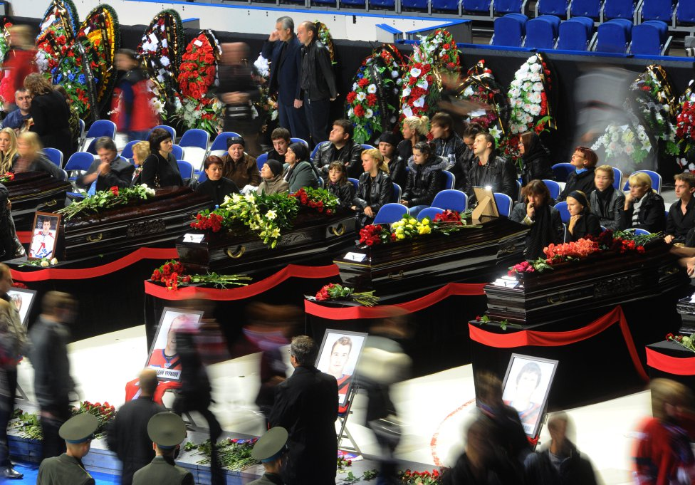 El 7 de septiembre de 2011, los jugadores del Lokomotiv de hockey hielo perdieron la vida después de que su avión se estrellase en Yaroslav. A bordo del aparato viajaban 37 personas vinculadas al equipo y ocho tripulantes.