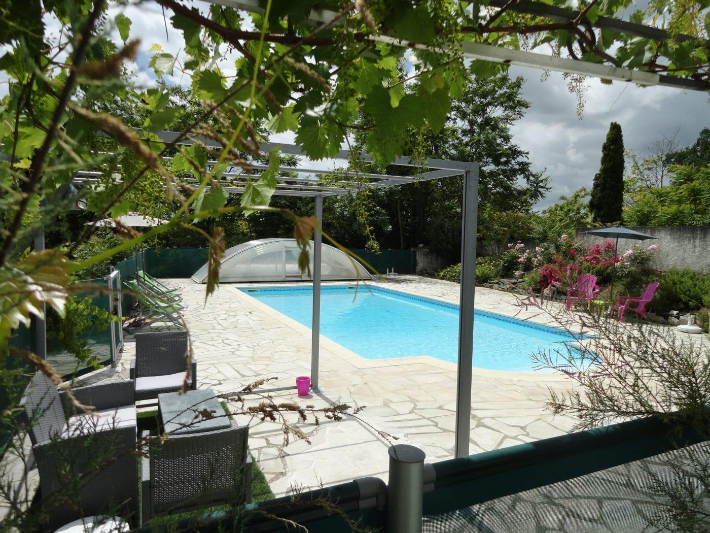 calme détente bien être jacuzzi spa piscine campagne