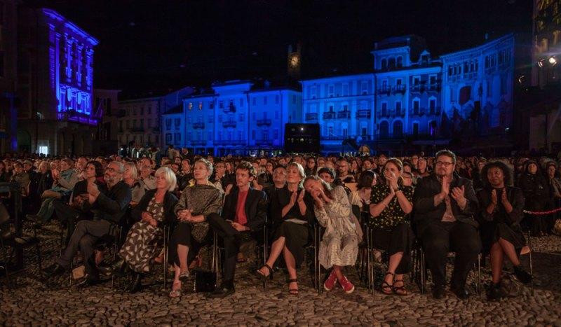 La serata di apertura del Locarno film festival 2019: il pubblico di Piazza Grande - Photo © Locarno film festival/ Marco Abram