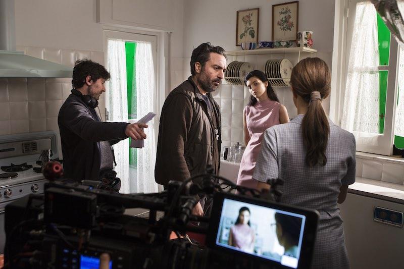 Il regista Saverio Costanzo con Gaia Girace sul set de L'Amica Geniale 2. Photo by Eduardo Castaldo.