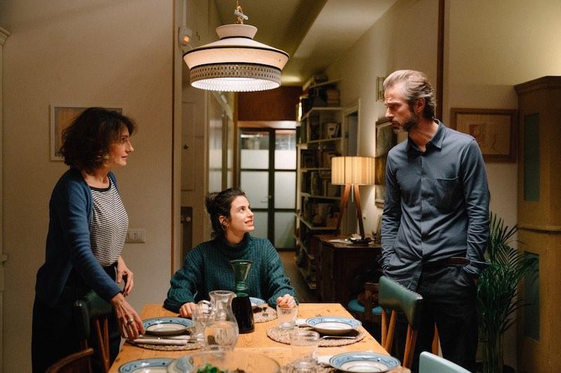 Lorenza Indovina, Fotinì Peluso e Kim Rossi Stuart in una scena del film Cosa Sarà. Photo: Paolo Ciriello.