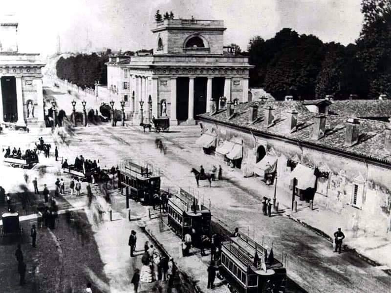 foto porta Venezia metà Ottocento