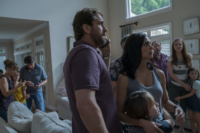 Gerard Butler, Morena Baccarin e Roger Dale Floyd in GGREENLAND. Photo: courtesy of Lucky Red.