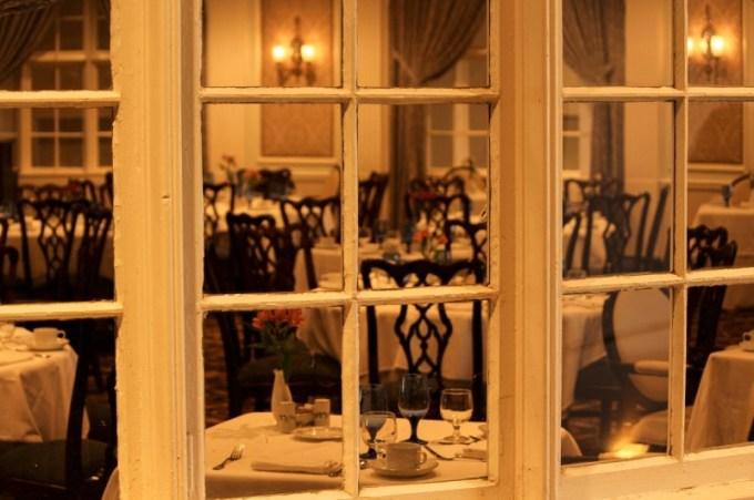 Restoran atau rumah makan
