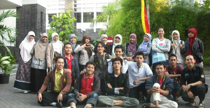 Tim KKN Unit 81 Universitas Gadjah Mada