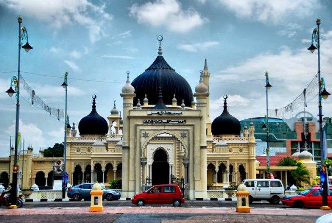 Masjid Zahir yang Berada di Alor Setar, Kedah, Malaysia
