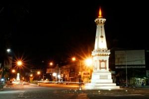 Tugu yang menjadi icon kota Jogja