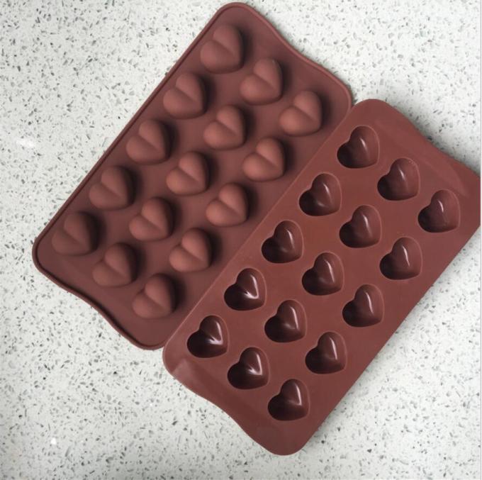 Cetakan coklat love