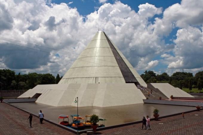 Monumen Jogja Kembali - Monjali