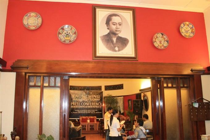 Roemah Nenek Resto Cafe Bandung