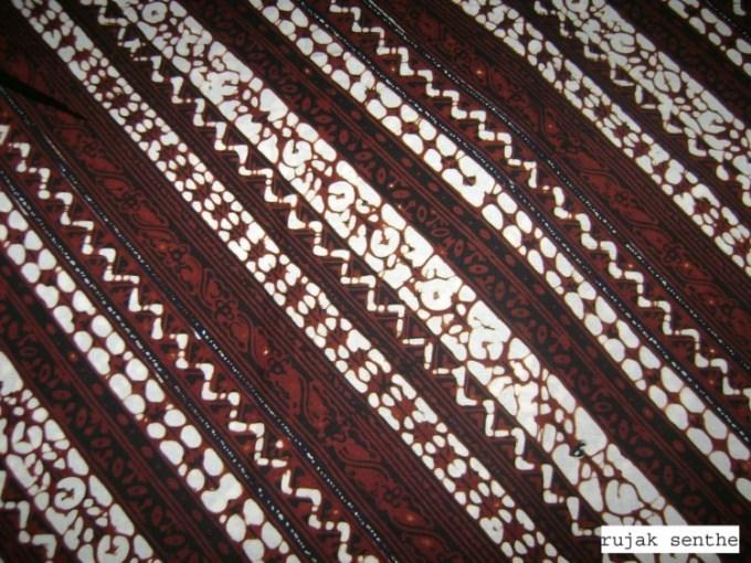 Motif Batik Rujak Senthe