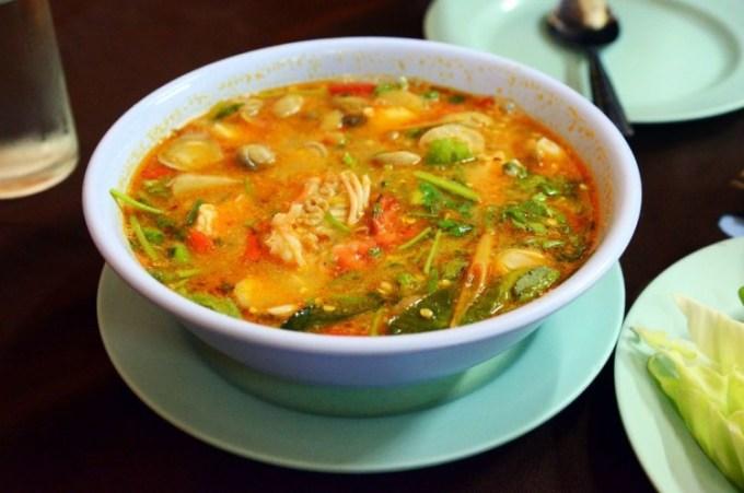 Tom Yum salah satu makanan khas Thailand