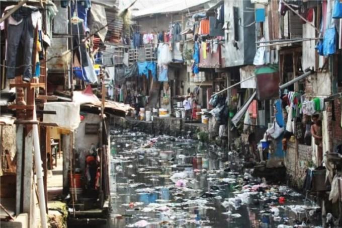 Teks Eksplanasi Masalah Sosial Tentang Kemiskinan