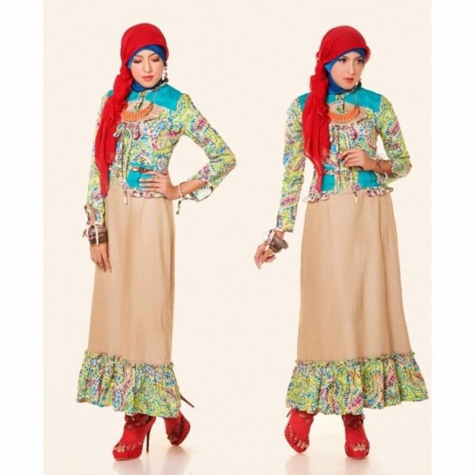 Model Baju Batik Kombinasi Warna Merah dan Krem