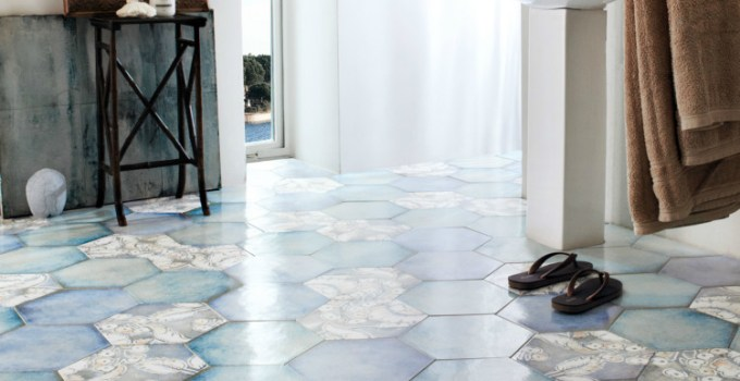 Lantai kamar mandi berbentuk hexagonal