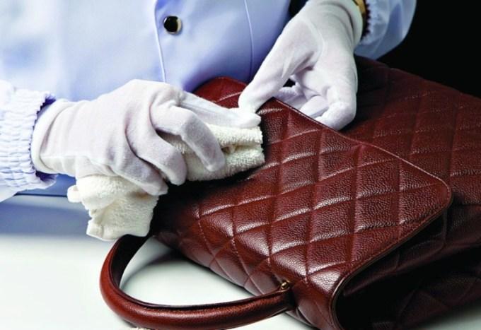 Cara merawat tas kulit asli