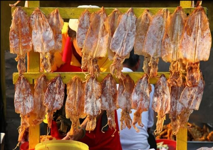 Makanan khas Pontianak Sotong Pangkong