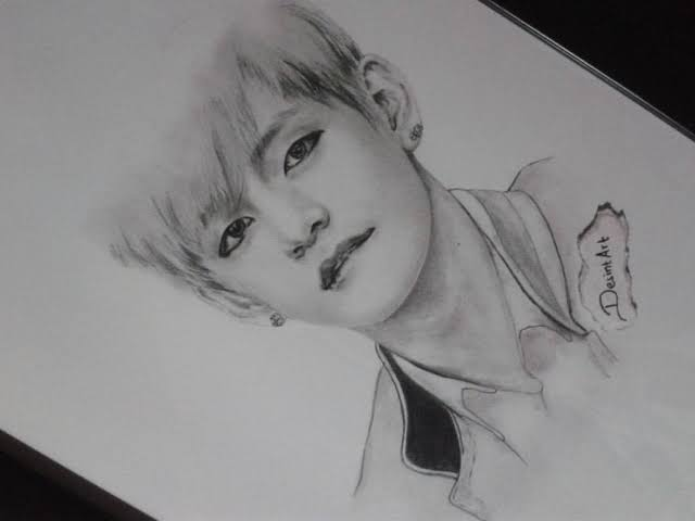 Sketsa wajah BTS Kim Taehyung