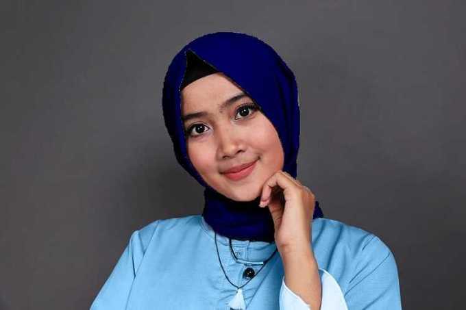 biru muda dan dongker