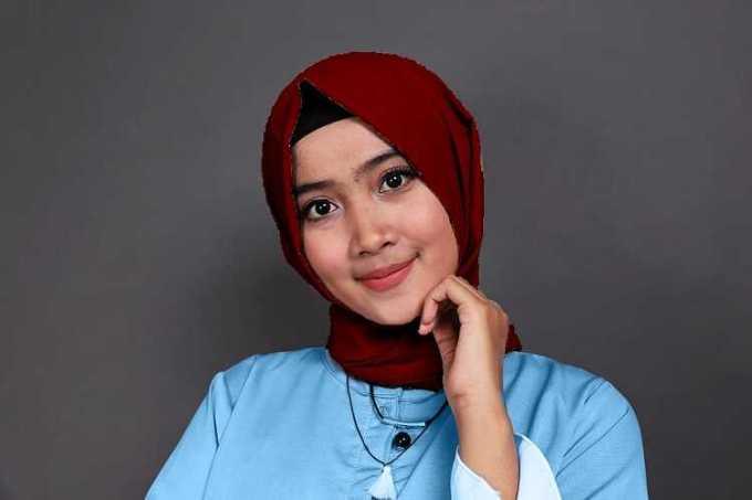 biru muda dan maroon - baju biru muda cocok dengan jilbab warna apa