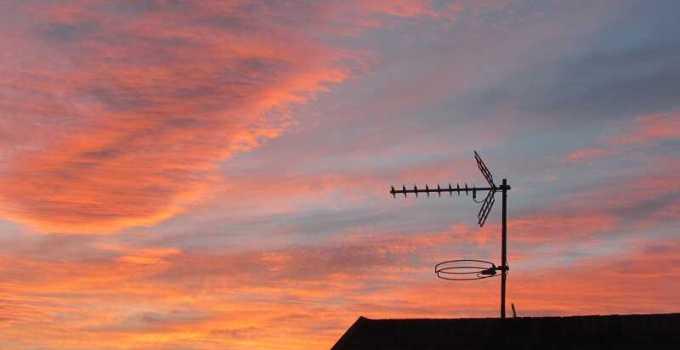 cara memperbaiki antena tv agar jernih
