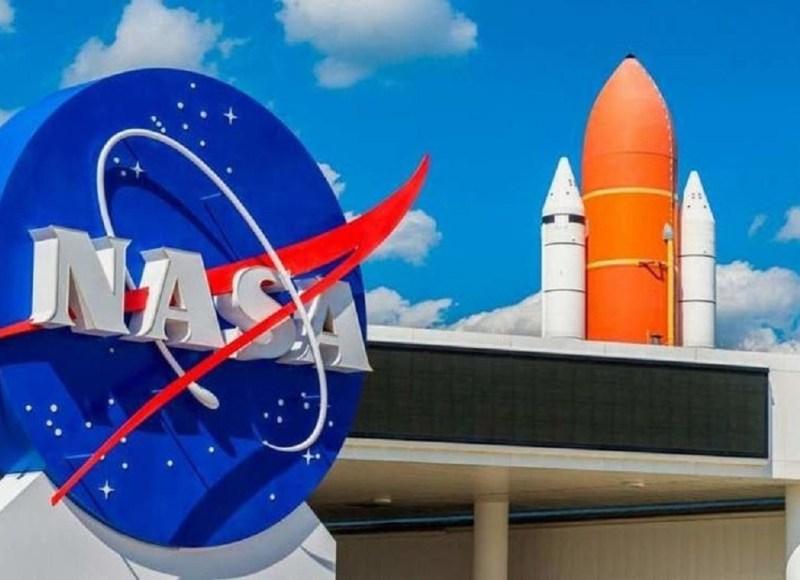 """""""ناسا"""" تعلق العمل على بناء صاروخ بسبب الفيروس المستجد"""