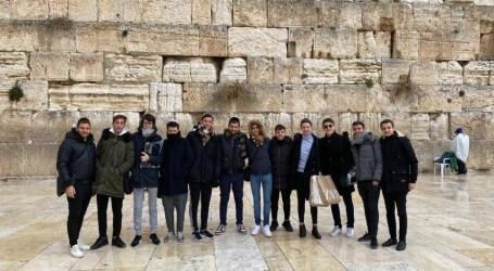 El futuro de la juventud: Living Torá en Yeshurun