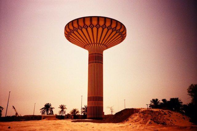 Al Khazzan Park - Hind Mezaina