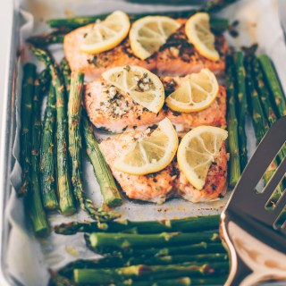 PAN ROASTED LEMON SALMON AND ASPARAGUS