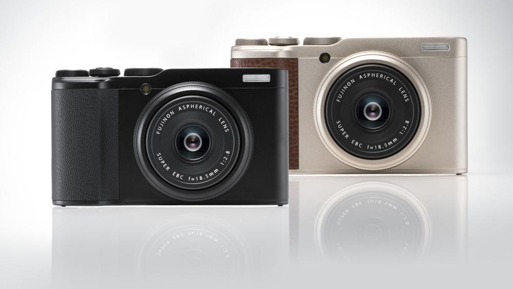 resize XF10 Assemble 02 富士推出新款定焦隨身相機XF10 吸引不同市場族群