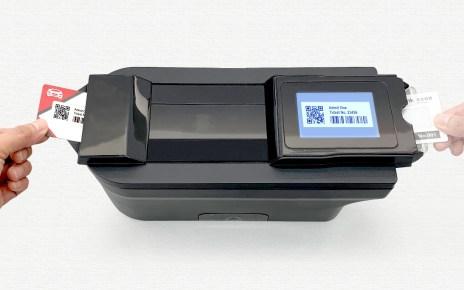 E Ink元太科技發表無需傳統墨水、可重複列印的電子紙 JustPrintIt列印技術 元太科技攜手HP打造JustPrintIt列印技術,讓電子紙可重複列印使用