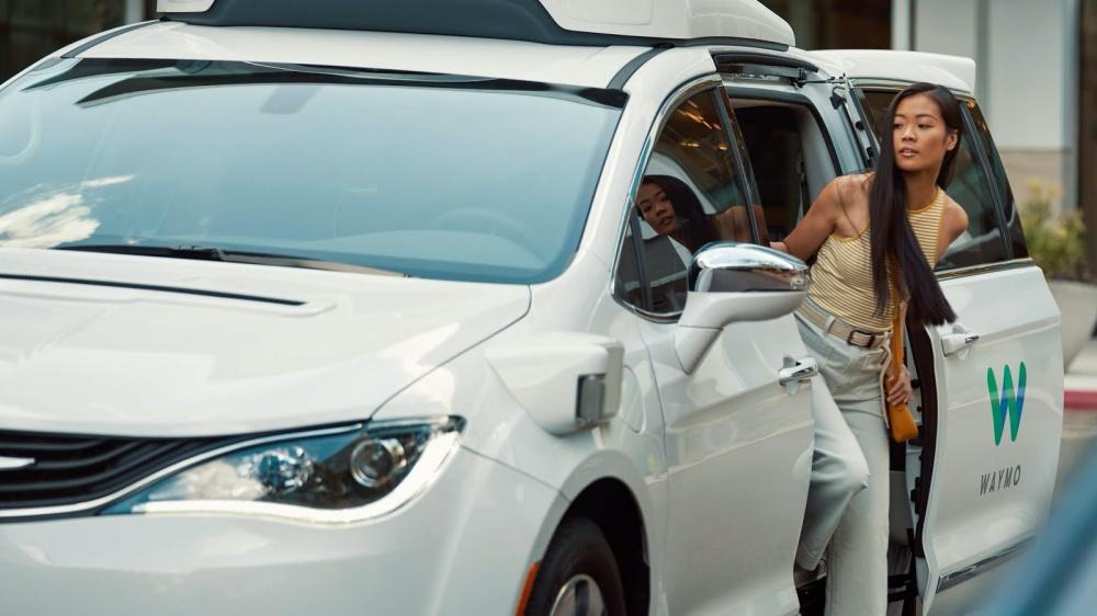 01 1 Waymo收購英國牛津AI新創團隊,將使自駕車行駛方式更貼近人類操作