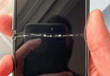 EQv tF8WkAIwR2z Galaxy Z Flip上市後,立即出現螢幕碎裂、邊框無法密合問題
