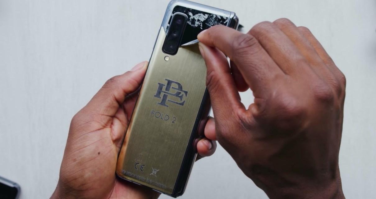 mashdigi capture 2020 03 13 下午3.14.59 物美價廉的毒梟品牌螢幕可凹折手機,實際就是貼上貼紙的Galaxy Fold…