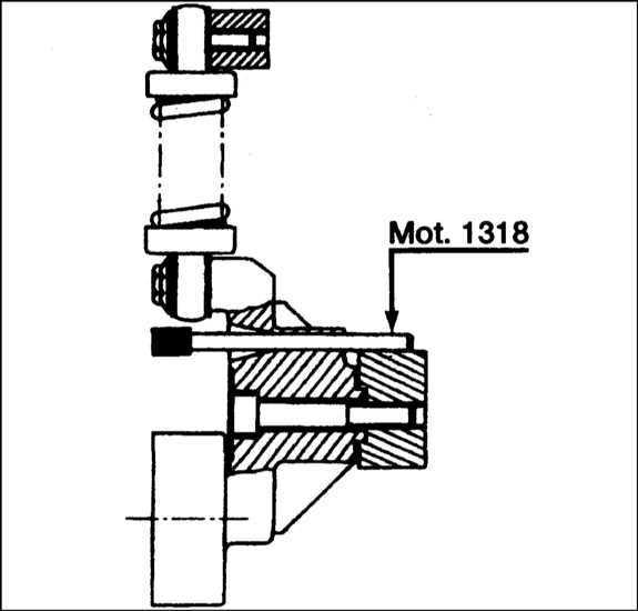 Проверка и замена вспомогательного приводного ремня