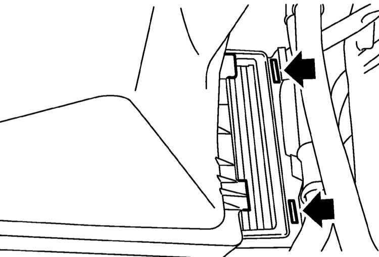 Замена фильтрующего элемента воздухоочистителя Subaru