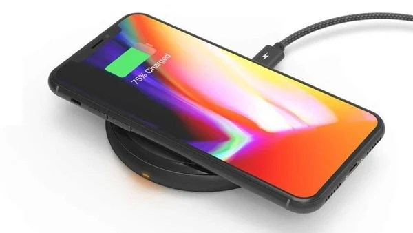 iPhone XS and XR wireless charging