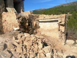 Caseto del horno en ruina