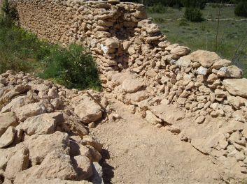 2 Limpieza de la pared de piedra seca