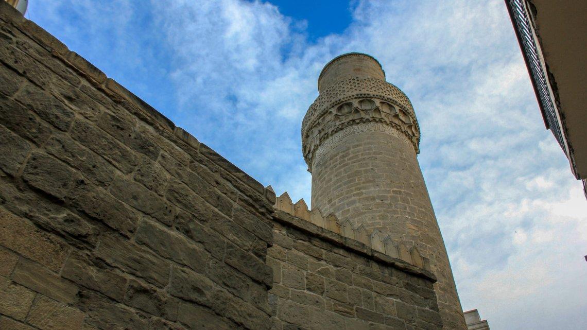 Список и фото мечетей Ичери-Шехер — Старый город Баку