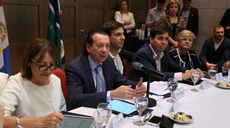 El gobierno lanzó la mesa sectorial de Madera y Muebles