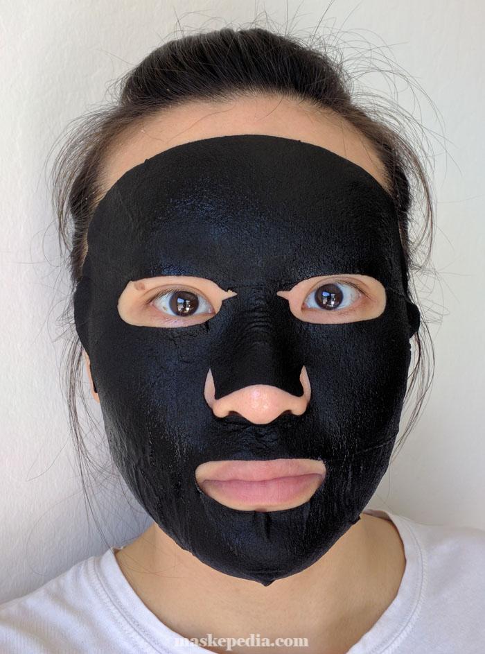 Oozoo Bear Black Space Pore Caring Mask