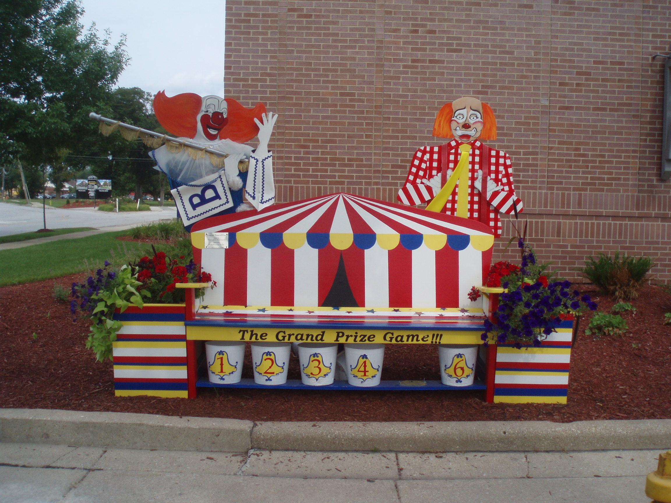 """And what doesn't say """"snazzy"""" like BOZO'S CIRCUS!!"""