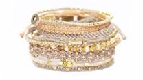 Wakami All One + Set of Three armband i guld och beige: vacker kombo
