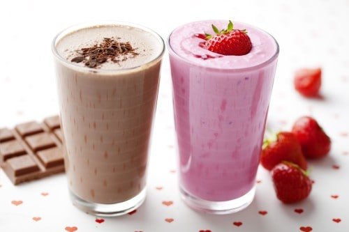"""The Skinny on """"Healthy"""" Smoothies + Three Awesome Smoothie Recipes"""