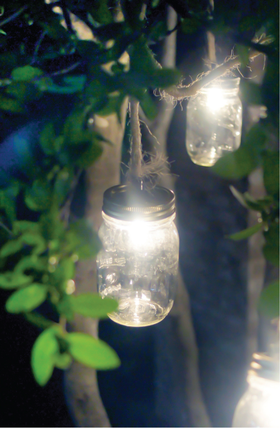 Once the sun begins to fade into the horizon, it automatically switched on leaving your garden with colorful rainbow light. Mason Jar Craft Outdoor Lights Mason Jar Crafts